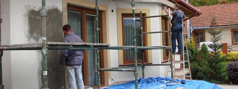 Ocieplanie i malowanie elewacji budynków